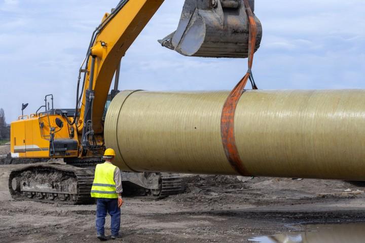 360 Excavator Lifting Operations